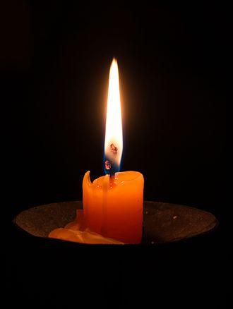 Candle_(Slava_celebration)